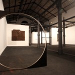 Nicole Wermers, Untitlrd Forcefield (Single Ring), 2007, latta nera trattata, acciaio temperato,